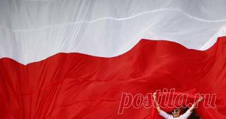 Польша попросила Россию опомощи МЮНХЕН, 15февраля. /ТАСС/. Министерство иностранных делПольши подипломатическим каналам обратилось кроссийской стороне спросьбой оказать содействие ворганизации 10апреля визита польской делегации вСмоленск послучаю…