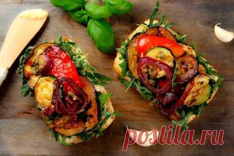 Как приготовить – Бутерброды с белым хлебом и запеченными овощами – пошаговый рецепт с фото.
