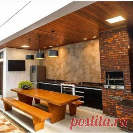 Шикарная летняя кухня под навесом