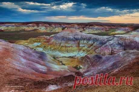 «Марс на Земле». Горы Акжар, Улытауский район, Карагандинская область, Центральный Казахстан. Автор фото – Деонисий Мить: