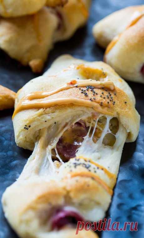 9 обалденно вкусных закусок из слоеного теста | Pofu.ru - Всё обо всём!