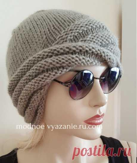 Вязаная спицами перекрученная шапка от Wiliams Cloche - Klubok - Modnoe Vyazanie.ru.com