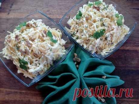 Салат с курицей,  ананасами и грибами  за пять минут!( Салат рецепт)Chicken salad