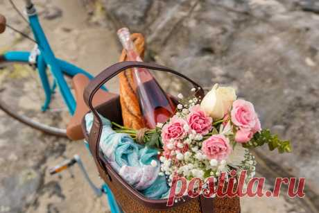 Как оформить корзину для пикника, накрыть красивую полянку и отдохнуть «вдали от шума городского».