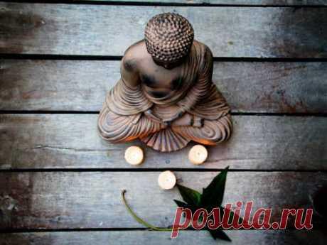 Мантра спокойствия игармонии Ксчастью ведет много путей, инайти свой— самая важная задача. Человек легко сделает это, если живет влюбви игармонии смиром. Достичь спокойствия и внутреннего равновесия можно с помощью особой мантры.