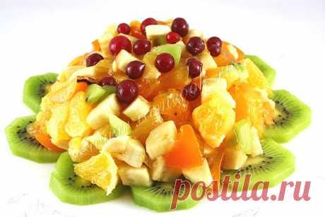 Фруктовый салат из хурмы и апельсина, апельсином и клюквой, рецепт с фото.