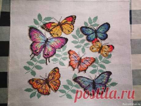 Вышивка Бабочки от Джой Сандэй | Вышивка крестом Всем доброго дня! Вышила набор Бабочки от Джой Сандэй. Вышивка по канве с водорастворимым нанесённым рисунком. Вышивку пока не оформила в раму.