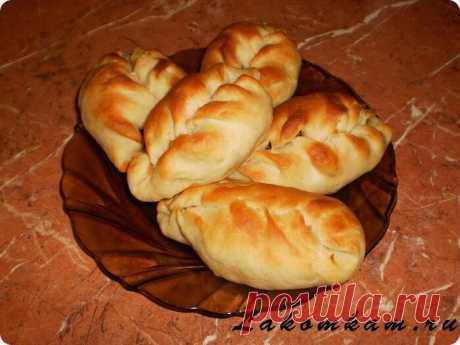 Пирожки с яблоками и изюмом | Короткие рецепты | Яндекс Дзен