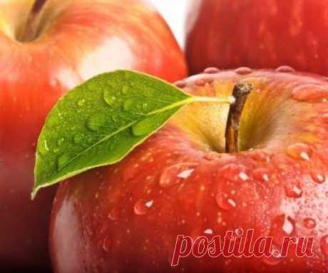 Съедаем два яблока в день и нам не будут нужны врачи