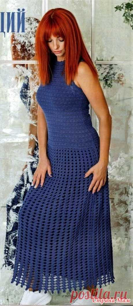 """Блестящий выход. Макси-платье """"Лазурный берег""""   Шикарное платье в пол из натурального хлопка состоит из двух деталей - облегающего топа и юбки из длинных вертикальных полос.В этом платье можно встретить Новый год в семейном кругу или"""