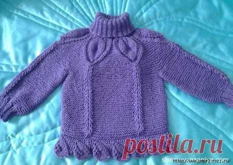 """Очаровательный детский фиолетовый свитер """"Флора"""" спицами"""