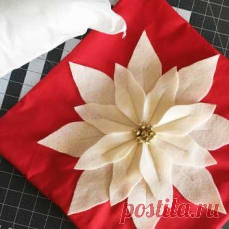 Пуансеттия или рождественская звезда из фетра — Рукоделие