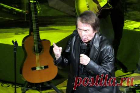 Концерт Рафаэля в Москве - 10 апреля 2019 года - P1097916 | Sovetika.ru - фото-блог