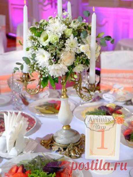 Живые цветы в оформлении свадебного зала..., Лиловый, сиреневый, зеленый и золотой - прекрасная свадебная цветовая палитра для украшения свадеб.