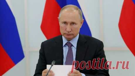 Путин подписал закон о предустановке российского софта на гаджеты Президент России Владимир Путин подписал закон об обязательной предустановке российского программного обеспечения на электронную технику, в том числе на смартфоны, компьютеры и телевизоры с функцией Smart TV.