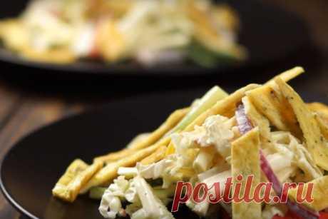 7 оригинальных идей салатов с крабовыми палочками Крабовые палочки, наверное, один из лучших ингредиентов для салатов. Они вкусные и доступные, а салаты с ними всегда получаются очень интересные. В этом видео я хочу предложить вам 7 необычных рецептов салатов из крабовых палочек, которые вас обязательно удивят! Вот какие салаты с крабовыми...