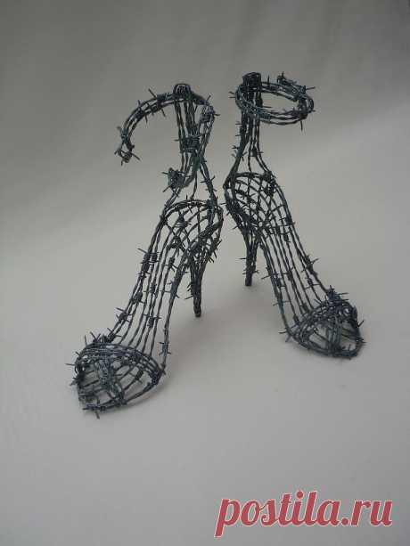 Скульптуры,фигуры из различных материалов