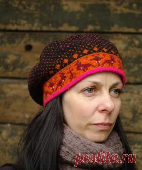 Marika müts/A Gap for Marika   Idee: K. Jõeste, teostus: Triin Amur, modell: Marika   Mäletate Marika Muhu kindaid? Nüüd valmis ka müts minu tubli praktikandi Triinu näp...