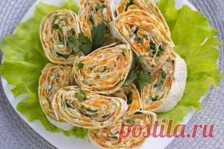 Рулет из лаваша с морковью и плавлеными сырками — Sloosh – кулинарные рецепты
