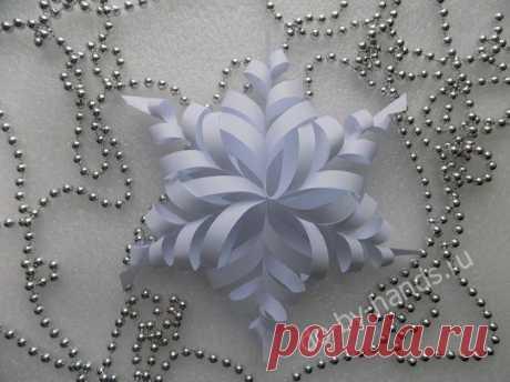 Идея в новогоднюю копилку: Oбъёмная снежинка из бумаги