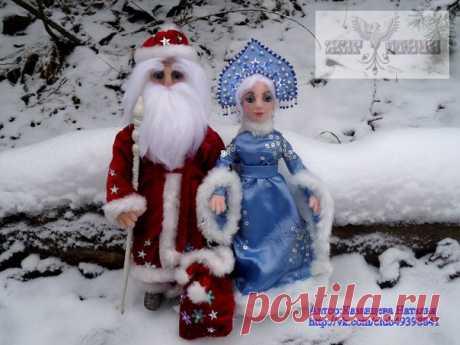 Сегодня 18 ноября в России официально празднуют день рождения Деда Мороза.  Каков возраст зимнего волшебника — доподлинно неизвестно, но точно, что более 2000 лет. Дату рождения Деда Мороза придумали сами дети, поскольку именно 18 ноября на его вотчине — в Великом Устюге — в свои права вступает настоящая зима, и ударяют морозы.