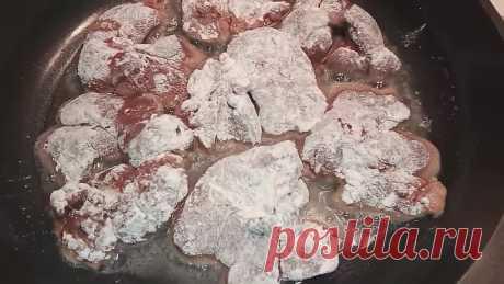 Нежная куриная печень с луком