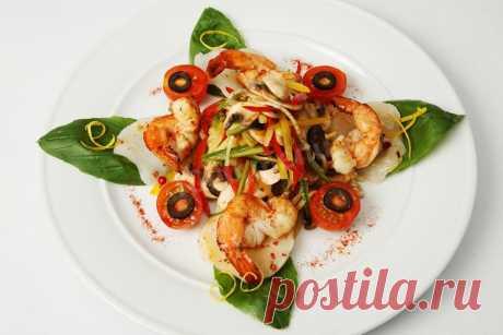 Салат из овощей морского гребешка и креветок рецепт с фото - 1000.menu