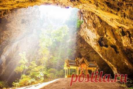 Пещера Пхрая Након, Таиланд. Автор фото: Ольга Дубинкина.