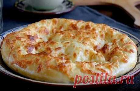 Khachapuri - the best recipe! \u000aRECIPE:\u000aFlour - 3 glasses\u000aKefir - 1 glass\u000aEgg - 2 pieces\u000aSugar - 1 teaspoon\u000aSalt - 1 teaspoon\u000aSoda - 0,5 teaspoons\u000aVegetable oil - 1 tablespoon\u000aCheese firm - 400 grams\u000aButter - 50 grams.\u000aPREPARATION:\u000a1. To add 1 egg, salt, sugar, vegetable oil to kefir and it is good to mix everything.\u000a2. We add soda to 2 glasses of the sifted flour, we mix and we connect to kefir. We knead soft dough, strewing gradually wasps...