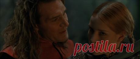 Кольцо дракона (George and the Dragon, 2004) Два рыцаря - британец Джордж и мавр Тарик направляются в Европу после крестового похода. Джордж держит путь к королю Эдгару, где надеется найти теплый прием. Он приезжает в драматический момент - исчезла прекрасная принцесса. Вместе с ее высокомерным женихом Джордж отправляется на поиски. Он не догадывается, какие удивительные приключения ждут его…