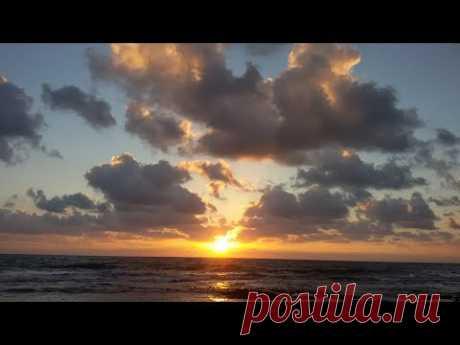 Стих  «Есть люди-закаты и люди-рассветы»…