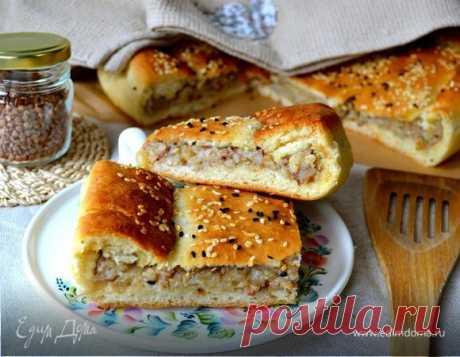 Постный картофельный пирог с гречкой. Ингредиенты: картофельный отвар, картофель вареный в мундире, гречневая крупа