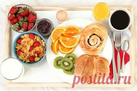 10 desayunos nocivos, que contamos erróneamente útil. ¡Comiencen nunca el día de estos productos! | Mí amable Muchos se han acostumbrado a comernos el desayuno de paso, por el camino al trabajo. Resulta, hasta los que desayunan, no siempre lo hacen correctamente. Los productos, que cuentan la mayoría de nosotros útil, pueden esencialmente causar daño a su salud. ¡Aquí 10 productos, que no es posible categóricamente emplear para el desayuno! 1. Los muslis y las papillas de la preparación rápida Estos productos...