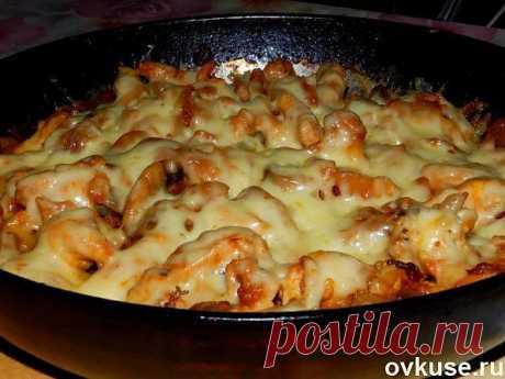 Курица с грибами и сыром в томатном соусе - Простые рецепты Овкусе.ру