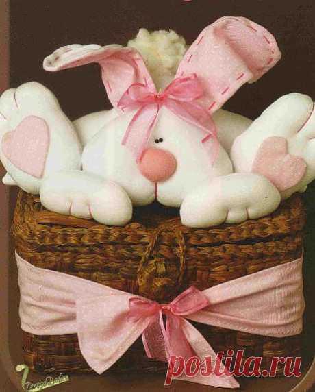 Шьем пасхальных зайцев