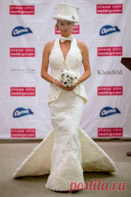 Вы ни за что не поверите, из чего сшиты эти свадебные платья! — Делаем руками