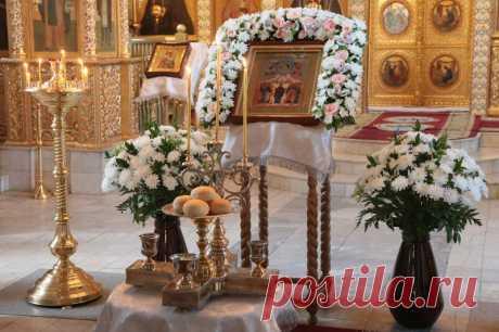 Можно ли в церкви ставить свечку за себя за здравие. Перед какой иконой и как помолиться, можно ли поставить несколько свечей | Православная Жизнь | Яндекс Дзен