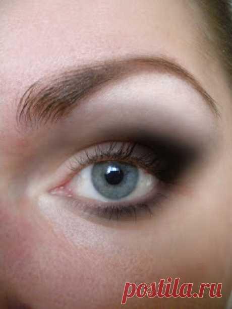 Как правильно красить глаза: фото и советы