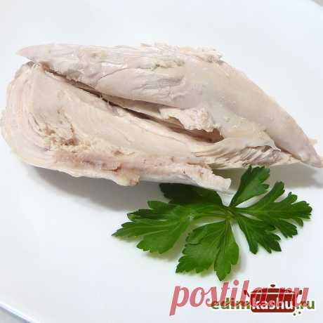 Как сварить Куриную Грудку (Филе) сочной и мягкой? Чтобы куриное мясо с грудки или филе получалось мягким и сочным стоит соблюдать некоторые очень простые условия. Смотрите об этом в видео.