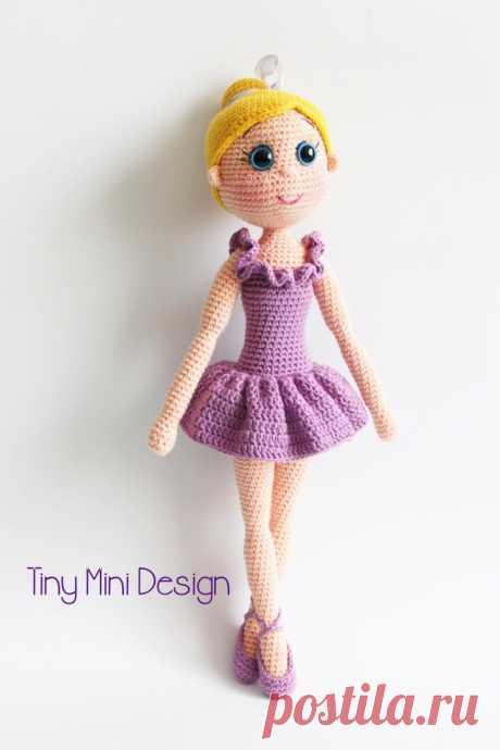 Вязаная каркасная кукла балерина крючком