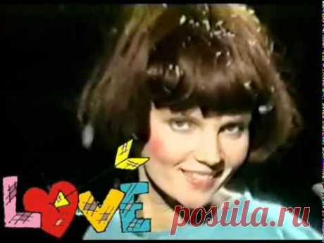 Марина Журавлёва -- На сердце рана у меня (1994г.).flv