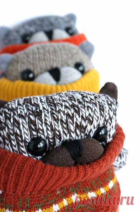 медвежата из носков и перчаток