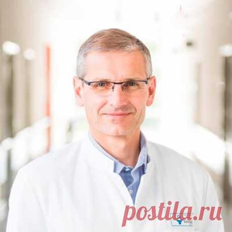 «Российские методы лечения суставов вызывают лишь недоумение». Известный немецкий ревматолог дал откровенное интервью российскому изданию