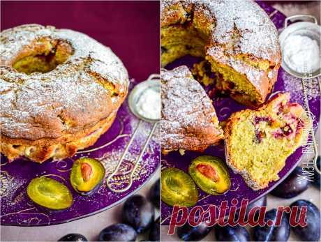 Влажный кекс со сливами • Жизнь - вкусная! Кулинарный сайт Галины Артеменко Этот кекс со сливами будет приятно влажным, с ярким фруктовым ароматом и кусочками нежной сливы. Так что если любите именно такие, милости прошу!