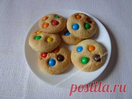 🍪Очень простое печенье с M&M's для детей и взрослых.   Сундучок с подарками   Яндекс Дзен