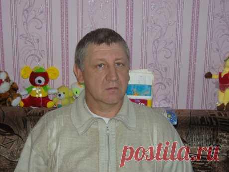 Павел Хватов
