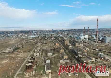 О строительстве комплекса по производству полиэтилентерефталата и комплекса по производству циклогексана в Атырау рассказал министр энергетики РК Нурлан НОГАЕВ в своем январском отчете.