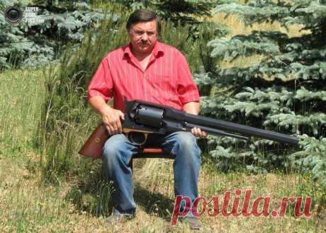 Револьвер-гигант от Рышарда Тобыса