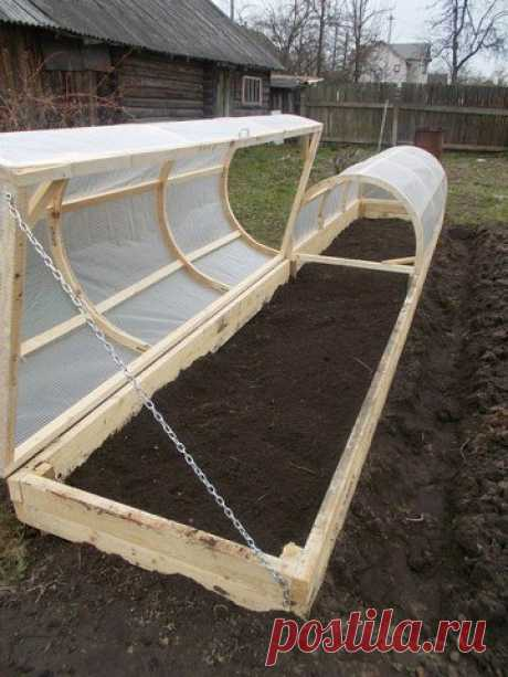 Idea for gardeners: the opening hotbed.