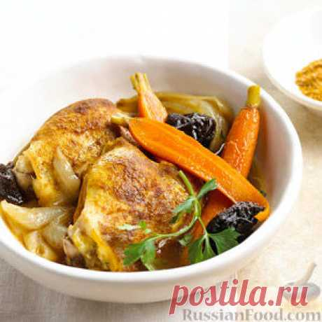 Рецепт: Куриные бедра с морковью (в медленноварке) на RussianFood.com